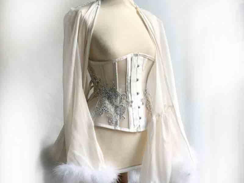 Scopri i corsetti artigianali realizzati da Il Corsetto di Artemis a NOZZE DA SOGNO e approfitta del 10% di sconto sui tuoi acquisti